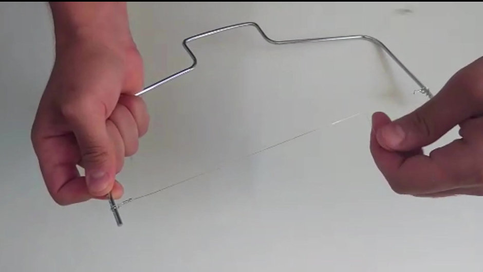 How to use a cake leveler