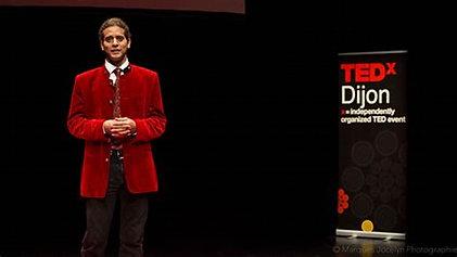 L'enthousiasme, cet engrais qui fait fleurir l'enfance | André Stern | TEDxDijon