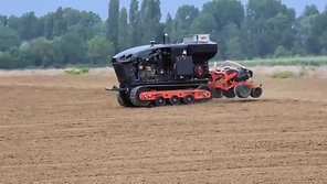Coming to an end with starter fertilizer and planting - Great job done Few things to improve such as engine cooling! - Robotics Farming Summer N