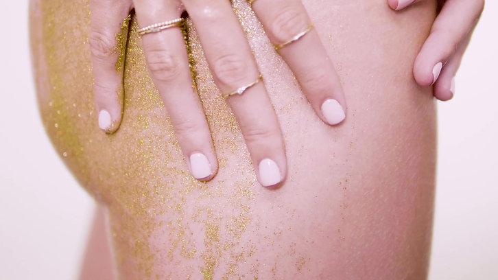 Ajra gold body