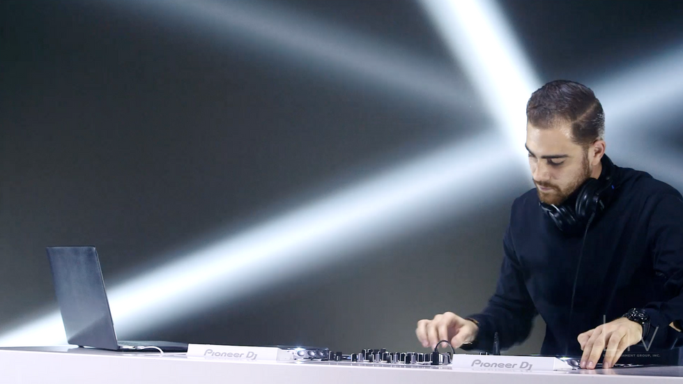 DJ Nathan - EDM Intro