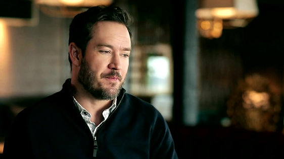 Mark-Paul Gosselaar Spotlight - Last Call with Carson Daly (Interview)