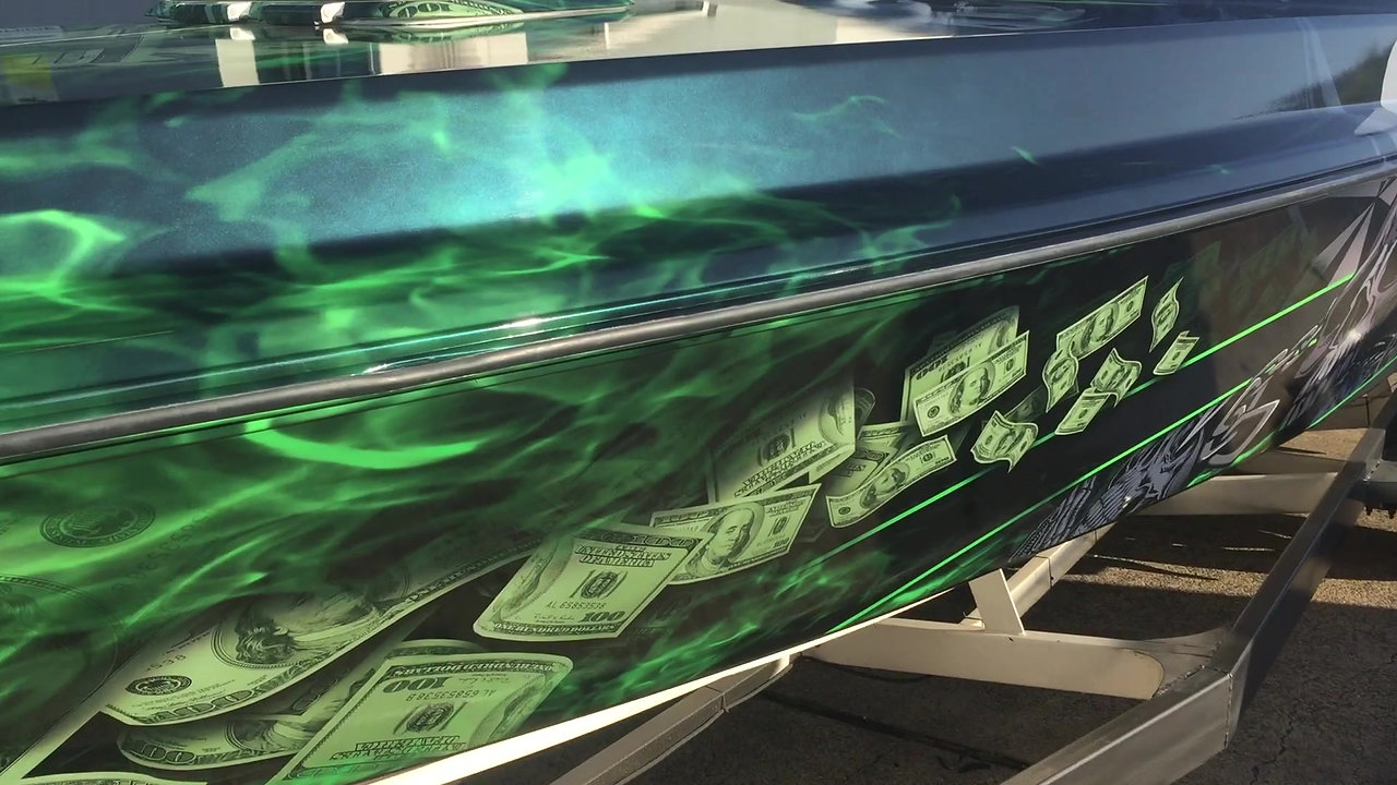 METALLIC BOAT WRAP