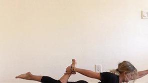 Half Bow Pose / Ardha Dhanurasana