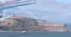 Spectacular aerobatic display by the Red Arrows over the bay of Llandudno!