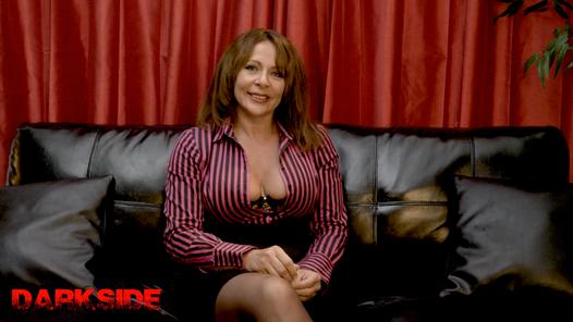 A chat with Miss De La Vere
