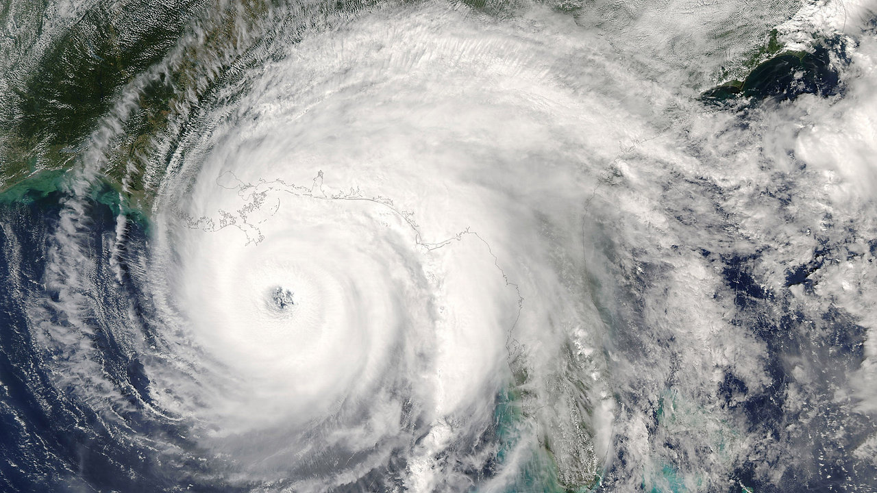 Typhoon Haiyan: Eye of the Storm - Sky One