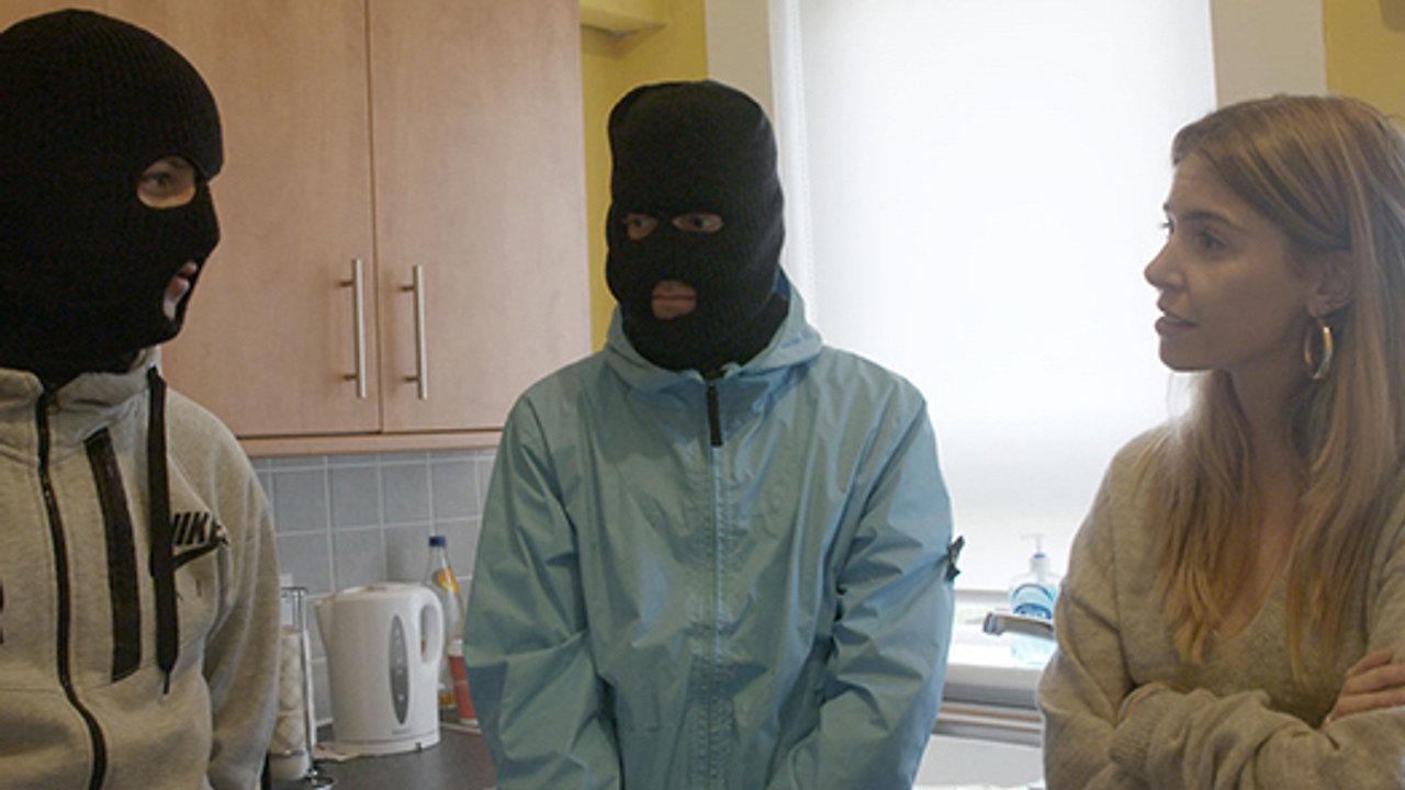 Stacey Dooley Investigates: Kids selling drugs online - BBC1, BBC2, BBC3