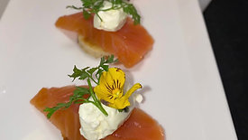 Prime Smoked salmon Blinis