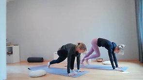 Valerie - mit Vinyasa Yoga den Tag beginnen