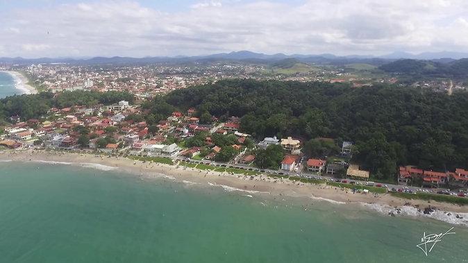 Vista aérea da Praia do Grant - ItajubaBarra Velha - SC