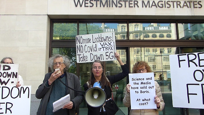 Piers Corbyn Defends Protestors at the Magistrate's Court