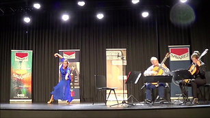 Duo Philippe Villa-Anastasia Maximkina (avec la danse et castagnettes)