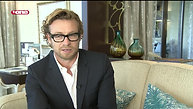 Faraz Javed interviews Hollywood actor & director, Simon Baker