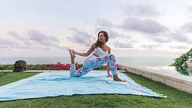 Simple Stretch Yoga w/ Emma Ceolin