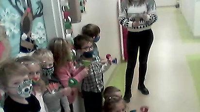 Room 105 Vlog Christmas