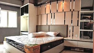 Hong Kong Style Apartment
