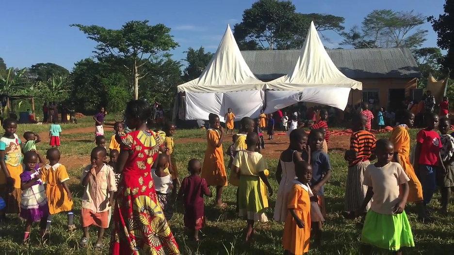 Senter 2 - Uganda - Skoleavslutning nov. 2017