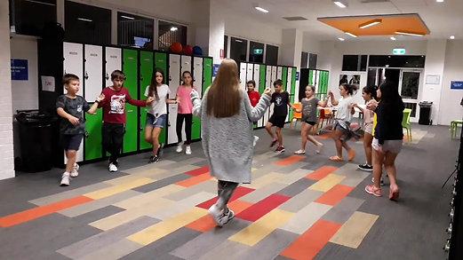 Grade 5 Dance Κοφτό
