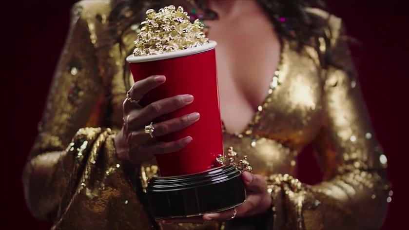 MTV Movie & TV Awards (Body Double)