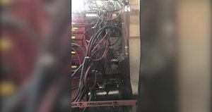 maquina inyectora cincinnati Milacron 9