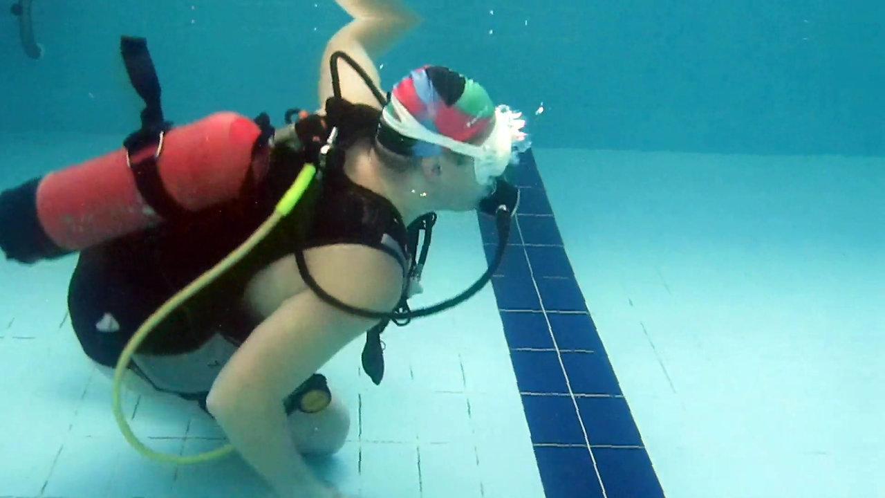 Жизнь подводных детей и их родителей