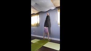 handstand posture