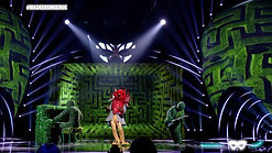 Hedges on The Masked Singer!