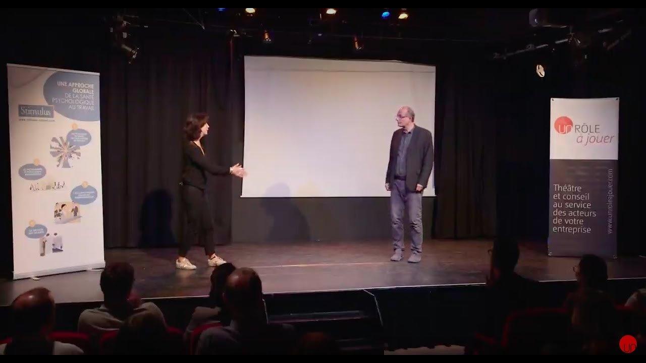 Théâtre et expertise : des conférences théâtralisées