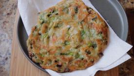 How to Make Scallion Pancakes with Inga