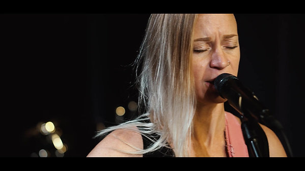 """Lacy Saunders & Greg Zink - """"All Apologies"""" (Nirvana cover)"""
