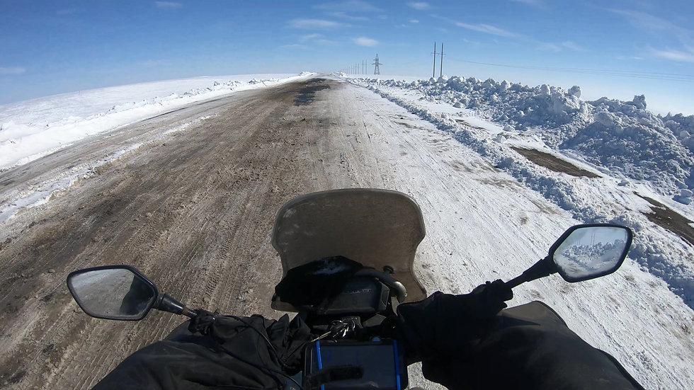 Ozinki Russia road to Kazakhstan