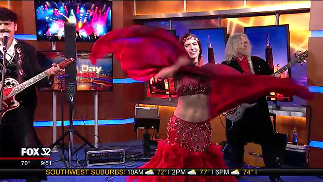jvcarterproductions Belly Dancer performing lve with Johnny_K_Tempes