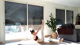 Une séance pour brûler les calories ! Équilibre, Gainage et Cardio. Un flow rapide pour transpirer et augmenter le métabolisme + Méditation d'introduction aux Chakras