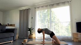 Flow Yoga | Prendre soin de soi. Restorative Yoga + Soin énergétique.
