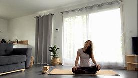 Yoga Class | Échauffement. Se préparer avant la pratique d'un cours en ligne.