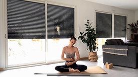 Yoga Express | Spécial Menstruations - Une séance tout en douceur pour prendre soin de son corps + Relaxation Guidée