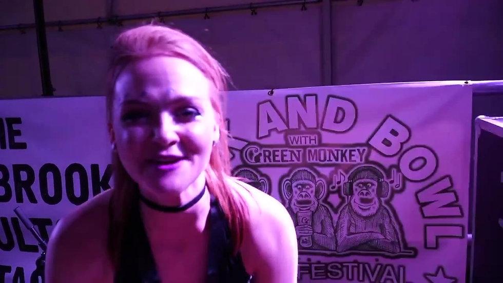 Festival Singer Katie Cassidy