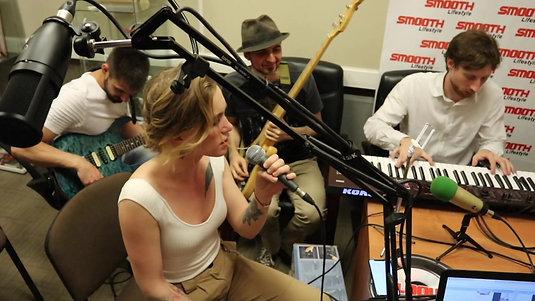 """Группа """"Хит"""" на Smooth Radio в утреннем шоу """"Просыпаемся!"""" _ Numb"""