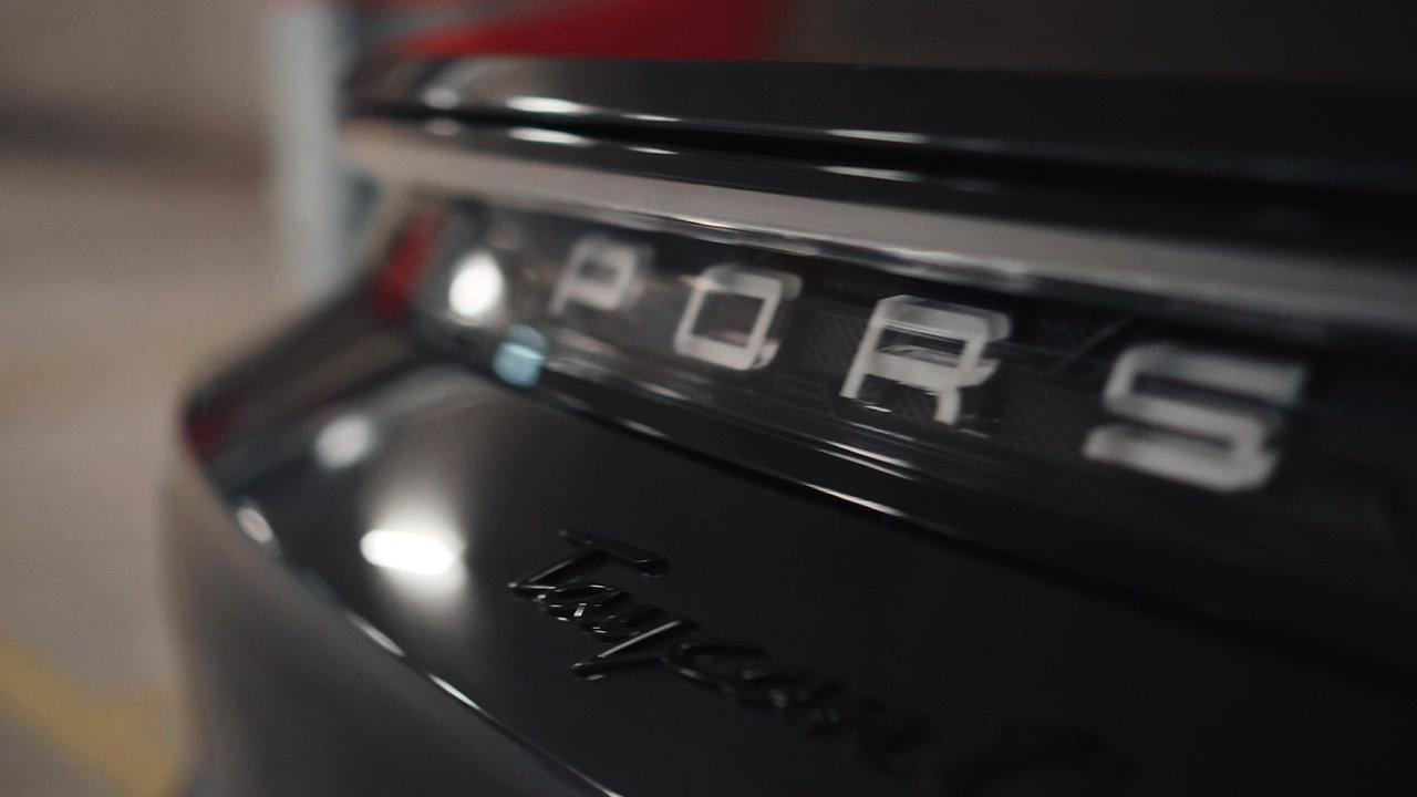 EV LINK Porsche Tycan Turbo S