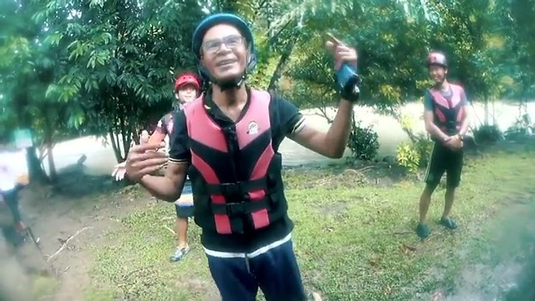 Xtreme Paddlers - Borneo's White Water rafting Specialist