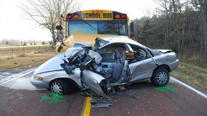 Top 10 Worst Car Crashes