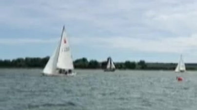 Sonar under full sail