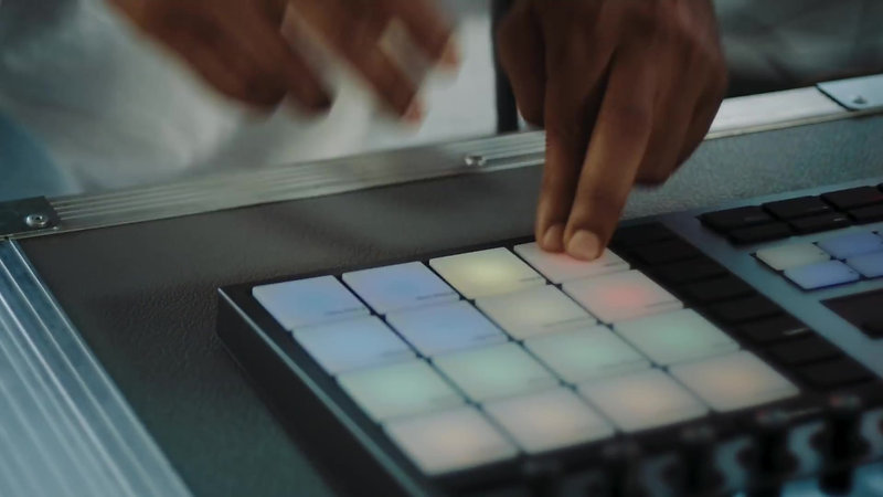 Introducing MASCHINE  Standalone Production and Performance Instrument  Native Instruments
