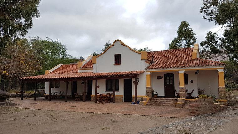 Cabañas del Quijote - Pueblo Encanto