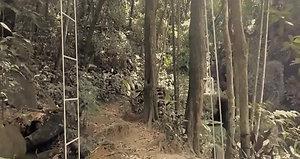 Bela Cachoeira do Espaço Terapêutico Flor do Amanheser