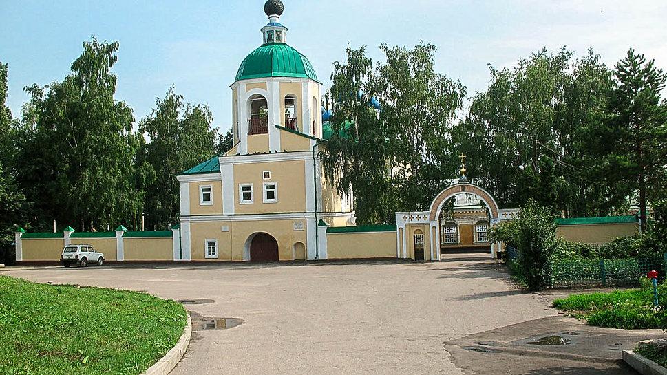 Богослужения в Св. Сергиевском Кафедральном соборе г. Ливны