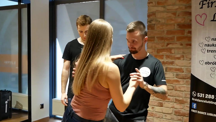 First Dance Lublin - witamy na sali Time for fit