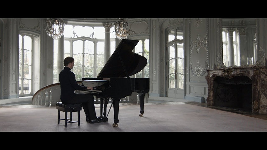 """Pas de deux"" from The Nutcracker, Tchaikovsky/Pletnev"