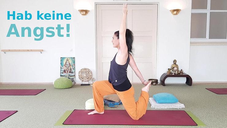 Live-Stunde Yoga 20.11.20 keine Angst (leiser)